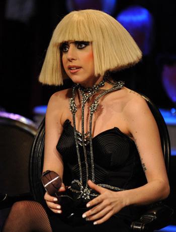 Lady Gaga tuổi Bính Dần (1986).