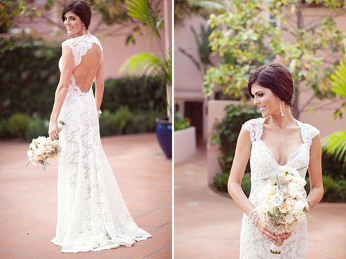 Một chiếc váy ren trắng có các đường cắt cúp cầu kỳ sẽ khiến cô nổi bật trong ngày cưới.