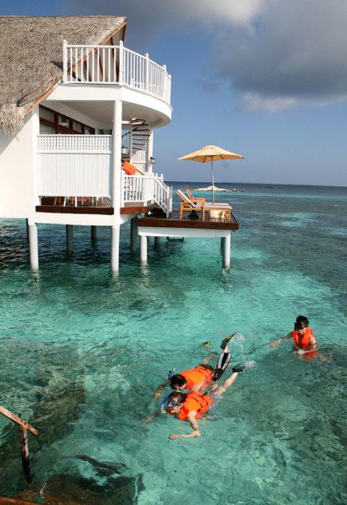 maldives-10-684200-1368242362_500x0.jpg