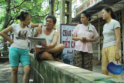 Phim tái hiện cuộc sống hàng ngày của những người dân đang sống trong các khu tập thể cũ của Hà Nội với những câu chuyện rất gần gũi.