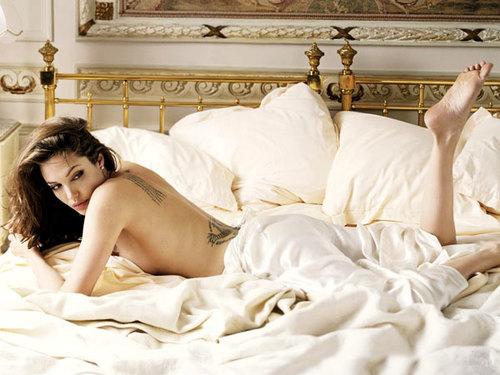 Angelina Jolie trên tạp chí Vanity Fair