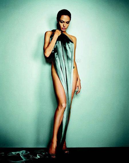 Angelina Jolie trên tạp chí