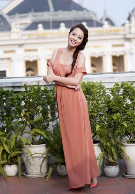 Hoa hậu Jennifer Phạm