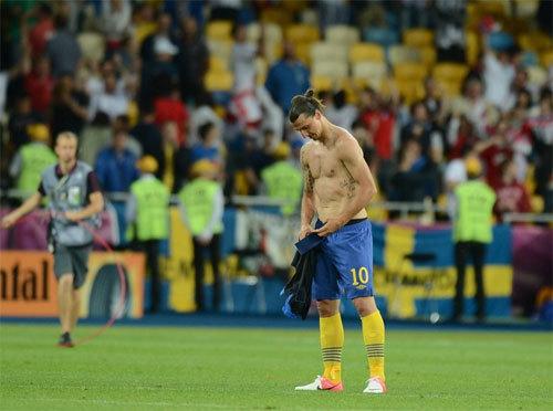 Với thất bại 2-3 trước đội tuyển Anh rạng sáng nay, Thụy Điển trở thành đại diện thứ hai phải sớm nói lời chia tay Euro 2012 sau CH Ireland.