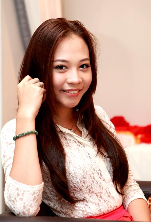 Người mẫu Đàm Thu Trang