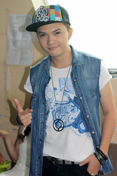 Ca sĩ Nam Cường là bạn thân của Ngô Kiến Huy.