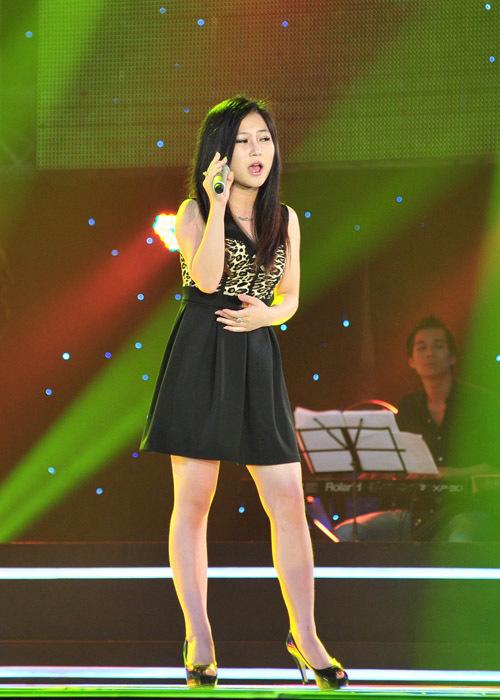 Thí sinh Hương Tràm gây ấn tượng mạnh nhất trong tập một của vòng 'Thử giọng giấu mặt'.
