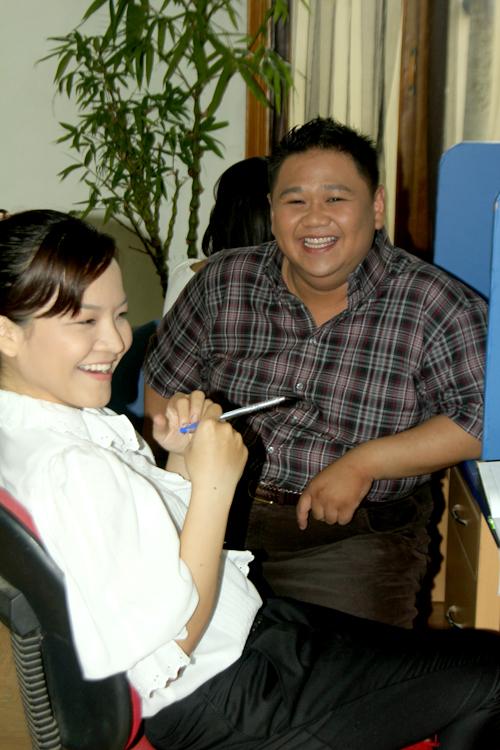 Cây hài Minh Béo cũng tham gia một vai phụ trong phim. Nhân vật của anh mang lại tiếng cười, giảm bớt những