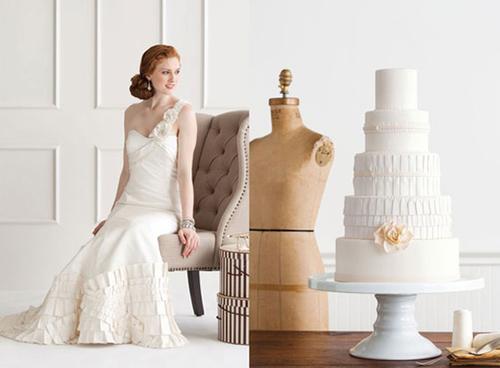Chiếc bánh lấy cảm hứng từ những đường xếp nếp ở chân váy cô dâu.