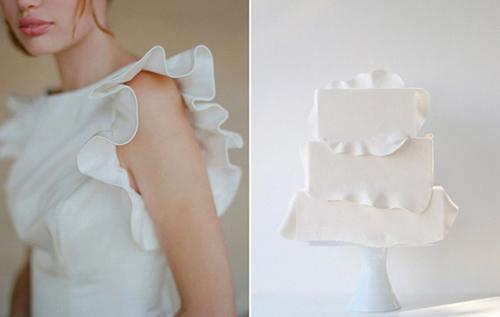 Những chi tiết xếp ly nhỏ ở bánh tuy đơn giản nhưng lại hợp với váy cưới mà cô dâu diện trong ngày trọng đại.