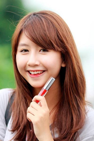 Màu yêu thích của Quỳnh Anh Shyn là màu cam mọng.