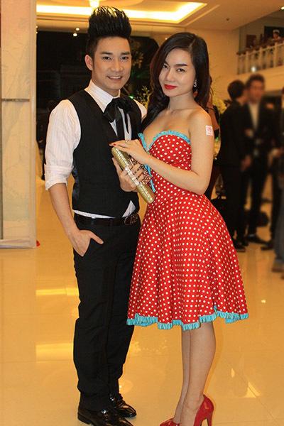 Ca sĩ Quang Hà và bạn song ca Hà Vy.