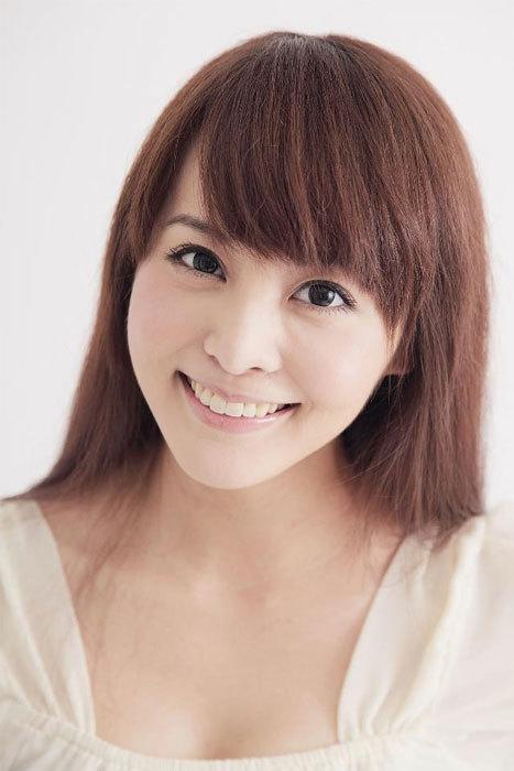 Vương Tử Nhược, một gương mặt quen của làng nghệ Đài Loan. Bạn bè trong giới rỉ tai báo chí, cô gái này cũng từng có quan hệ với Lý Tông Thụy.