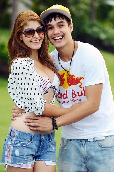 Bạn trai của Andrea là hotboy Baggio cũng bay từ Sài Gòn vào Đà Nẵng để tranh thủ gặp gỡ người yêu.