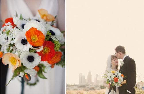 Những bó hoa được kết hợp tự nhiên, độ cao thấp khác nhau nhưng lại mang đến vẻ đẹp hài hòa.
