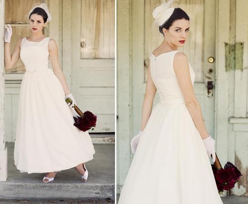 Những chiếc váy xòe phồng, kết hợp cùng găng tay và chiếc mũ nhấn nhá trên tóc là lựa chọn hoàn hảo cho đám cưới phong cách cổ điển.