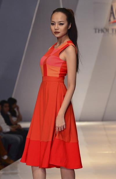 Top 10 siêu mẫu 2011 Kiều Ngân.