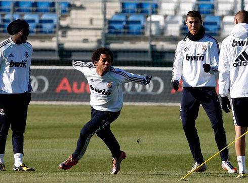 Marcelo thường tạo ra không khí vui vẻ trong các buổi tập với sự hài hước của mình. Ảnh: PA.