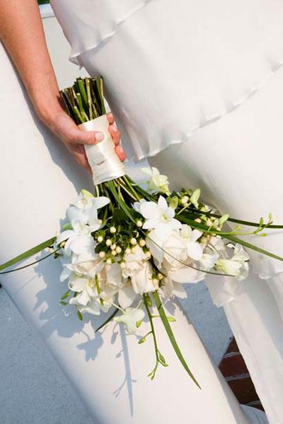 Hoa lan có thể bó một mình hoặc kết cùng các loại hoa khác.