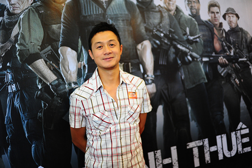 MC Anh Tuấn cũng đến dự buổi công chiếu phim.