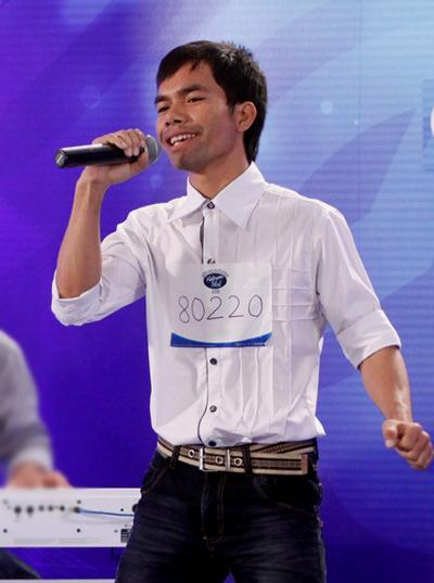 Được giám khảo Quốc Trung về tận nhà trao vé vàng, chàng trai người dân tộc Chu Ru tràn đầy sinh khí khi khăn gói lên thành phố Hồ Chí Minh tham gia vòng nhà hát.