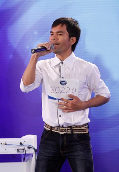 Khác với sự giản dị ở vòng thử giọng, lần này Ya Suy đã tươm tất hơn với hình ảnh xuất hiện của mình, anh tiếp tục gây ấn tượng với giọng hát mộc mạc nhiều cảm xúc trong bài hát Nơi tình yêu bắt đầu (sáng tác: Tiến Minh).