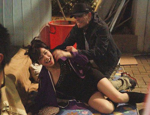 Huỳnh Trí Văn trong hậu trường cảnh quay.