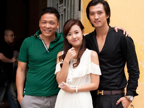 Đạo diễn Ngô Quang Hải và hai diễn viên Midu, Hà Việt Dũng tại Hà Nội.