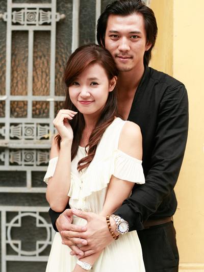 Midu không ngần ngại tình tứ bên người mẫu Hạ Việt Dũng, chàng trai mà cô đem lòng yêu trong phim.
