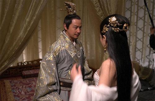 Với nhan sắc mê hoặc Tào Phi, Hoàng hậu ấp ủ mưu đồ dùng sắc đẹp làm vũ khí...