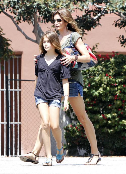 Siêu mẫu Cindy Crawford và con gái Kaia
