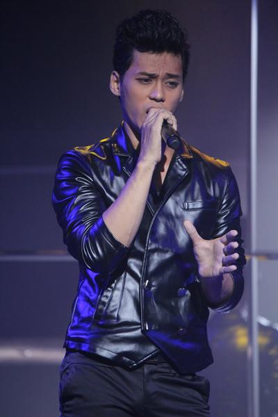 Thí sinh Phan Ngọc Luân của đội The Voice Đàm Vĩnh Hưng cũng có mặt trong đêm nhạc.