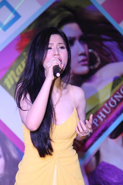 Cô không muốn bị nhìn nhận là 'người đẹp hát', bởi thực tế thì cô đã đi hát chuyên nghiệp từ khá lâu.