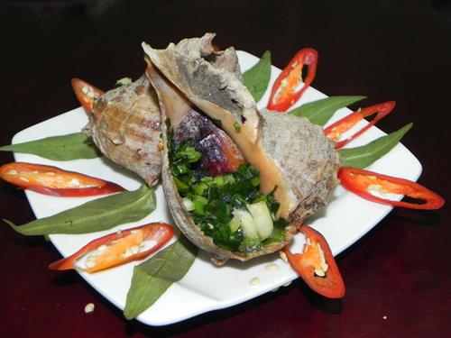Thịt ốc gai chúa giòn ngọt,