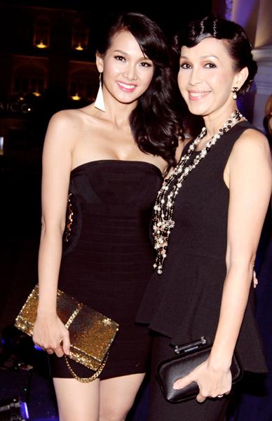 Giải đồng Bước nhảy Hoàn vũ 2012 hội ngộ diễn viên Diễm My.