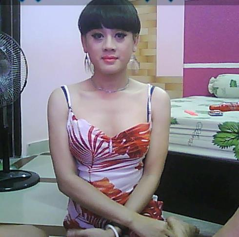 Hình ảnh nữ tính của Lâm Chí Khanh sau khi chuyển đổi giới tính.