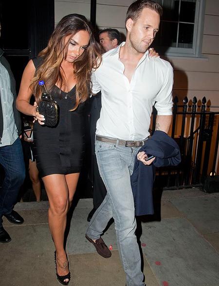 Một người đẹp khác cũng khiến bao quý ông không thể rời mắt khỏi bộ ngực sexy là Tamara Eccestone, con gái của tỷ phú F1, Bernie Ecclestone.