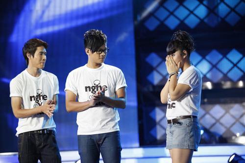 Ba gương mặt còn lại hồi hộp chờ kết quả: Thanh Hưng, Anh Quân và Bảo Trâm.