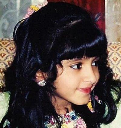 Đường nét trên khuôn mặt các cô công chúa nhỏ rất sắc cạnh và hoàn chỉnh.