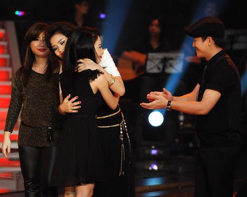 Vũ Thanh Hằng với ca khúc 'Thu cuối' chiếm được tình cảm nồng nhiệt của khán giả với