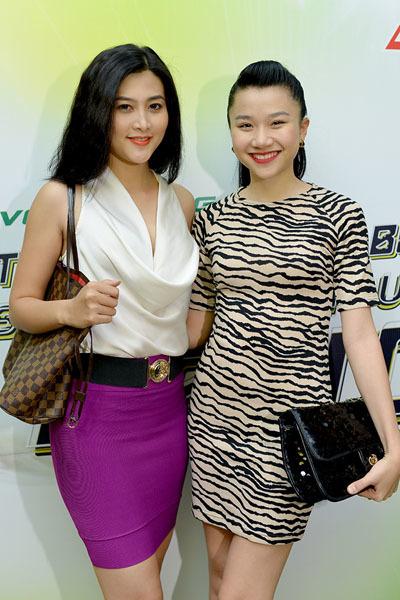 Người mẫu Trúc Nguyễn (trái) khoe sắc bên Hoa hậu Kose Thảo Nhi.