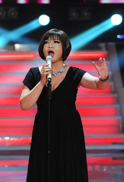 Xuân Nghi lại như một nghệ sĩ lớn khi hát 'I have nothing'.