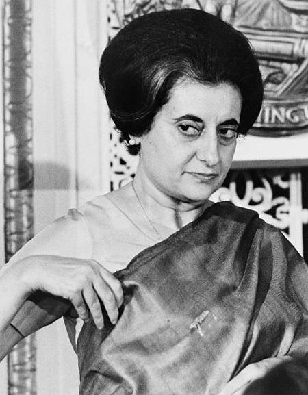 Indira Gandhi tuổi Đinh Tị (1917).