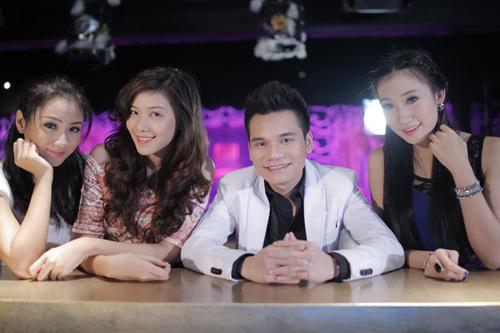 Khắc Việt bên dàn hot girl trong MV 'Người cô đơn'.