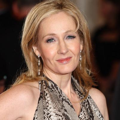 J.K. Rowling tuổi Ất Tỵ (1965)