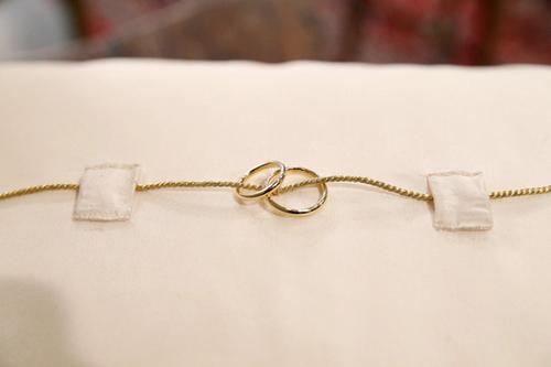 Nhẫn cưới của đôi uyên ương Hoàng gia đặc biệt đơn giản.