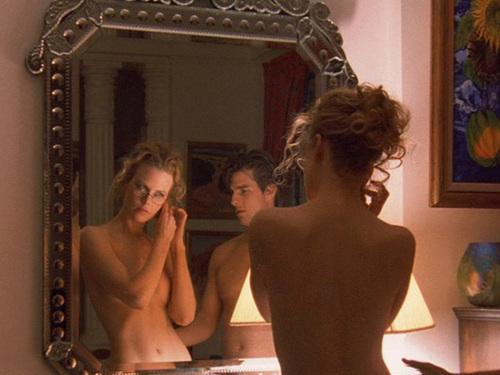 """Nicole Kidman và Tom Cruise trong """"Eyes Wide Shut""""."""
