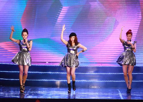 3 cô gái trong nhóm BSili