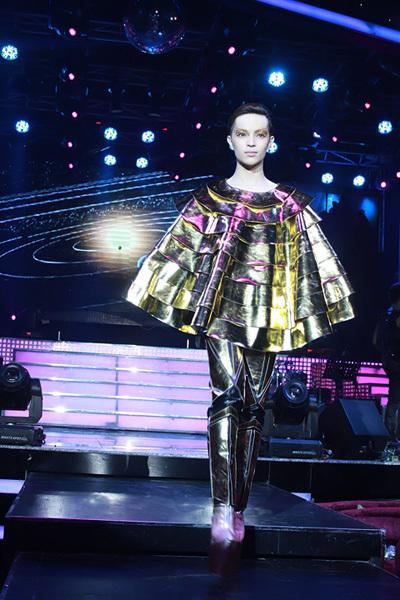 Kelbin Lei là mẫu nam duy nhất trong chương trình. Anh được biết đến với phong cách thời trang unisex.