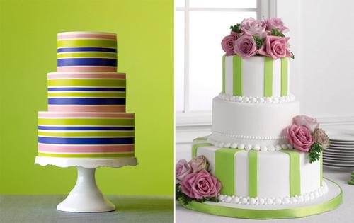"""4. Bánh cưới kẻ sọc: Màu kẻ sọc luôn là sắc màu """"hot"""" trong đám cưới bởi nó mang đến sự mới lạ, trẻ trung."""